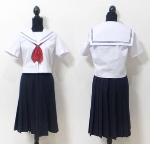鳥栖中学校女子制服